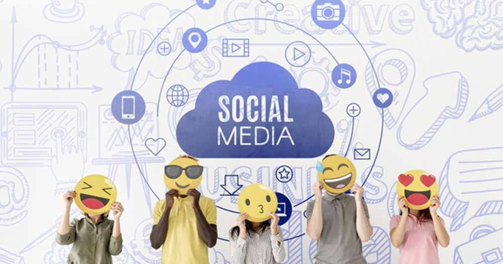 Sử dụng mạng xã hội để kết nối với cộng đồng